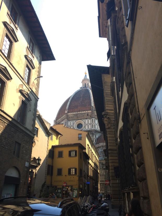Florence duomo lane