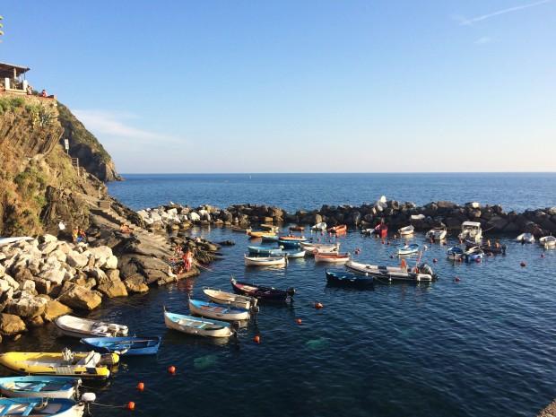 Cinque Riomaggiore boats 2 angle